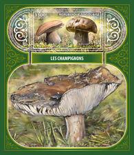 Togo 2017 MNH Mushrooms Boletus 1v S/S Champignons Fungi Nature Stamps