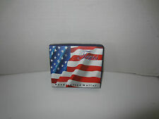 MEN'S AMERICAN FLAG BI-FOLD WALLET MONEY WALLET CREDIT CARD HOLDER NEW IN BOX