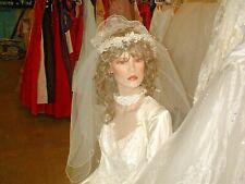 VINTAGE 70S GORGEOUS CREAMY WHITE SILK FLORAL TULLE WEDDING HEADPIECE VEIL