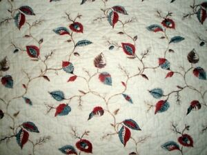 ANTIQUE SUPERB FRENCH PROVENCAL WHITE AND FOLIAGE QUILT late 1700s