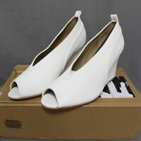 JOURNEE COLLECTION womens 3 1/2 in wedge shoes size 8.5M white CALISTA style NEW