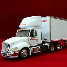 Rare & New - PUROLATOR FREIGHT #2 - International ProStar TrTrlr.  DCP 31790