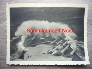 96) Foto Kriegsmarine 1941 Schlachtschiff GNEISENAU - Bug mit Geschützturm