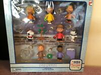 Peanuts Mini Figure Clip-On Collection A Charlie Brown Christmas - Snoopy NIB