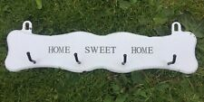 VINTAGE Home Sweet Home Ganci 4 Gancio Di Cappotto Muro Rack in metallo shabby chic retrò