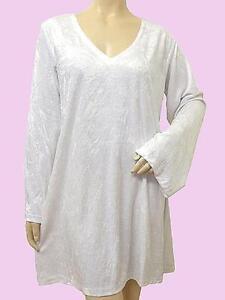 EAONplus NEW Gorgeous WHITE Velvet V-Neck Tunic Top Plus Size 18/20 to 26/28