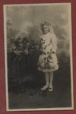 Young girl floral dress costume flowers   q.794