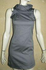 Détails sur Robe Naf Naf grise fines rayures style Bardot en forme Neuf
