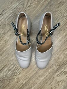 Midas ladies mushroom coloured leather upper shoes with low heel size EU 39 or A