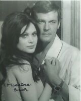 Madeline Smith Photo Signed In Person - James Bond - B952