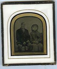 AMBROTYPE circa 1860 un couple agé prend la poseBRITISH ENGLAND Les vénérables