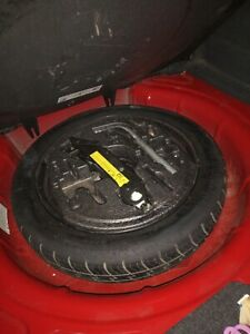 AUDI A3 8P  - SPARE TYRE / SPACE SAVER , TOOLS , FOAM 125/70 R16