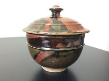 Boîte pot couvert en grès émaillé brun signé Annie Maume Design XXème