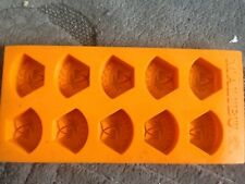 Malibu flexible ice cube tray