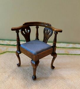Dollhouse miniature vintage corner chair, 1:12