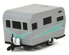 1/64 GREENLIGHT HITCED HOMES 2 1958 Siesta Travel Trailer in Silver