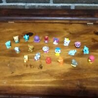 VINTAGE GUMBALL/VENDING PENCIL TOPPER CHARMS/TOYS LOT OF 20