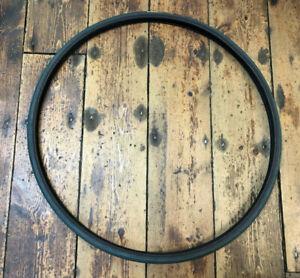 Retro Vredestein Ricorso Black/Blue Road Tyre. 700 x 23 (ETRTO 23-622) *NOS