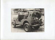 N°9914 /  photo d'epoque ? Jeep aménagé en service secours pompiers