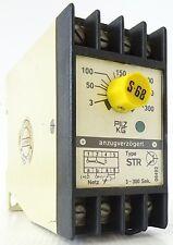 PILZ STR Zeitrelais Time Relay 3-300s 220V~ 3,5VA STR/300/220V~/1UFBM 402334