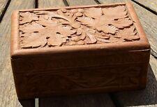 VINTAGE Hand Carved Wooden Box Depicting OAK Leaves Trinket Sewing Jewellery