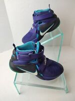 Nike Lebron Soldier 9 IX Court Charlotte Hornets ( 776471-501 ) Size 6.5.  A371