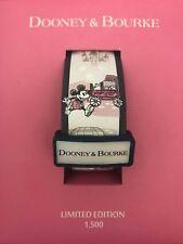DISNEY DOONEY & BOURKE DOWNTOWN MAIN STREET WHITE MAGIC BAND LE 1500 NEW IN BOX