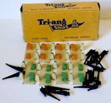 Triang Minic Ships - Trade Box of 8 x M.837 Cranes Unit (1st Issue 1959-64).
