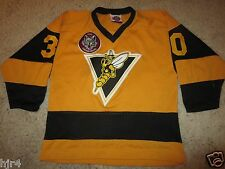 Chicago Wolves NIHL Yellow jackets Hockey Jersey Youth LG L 14-16 large