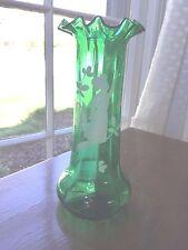 Mary Gregory  green ruffle vase