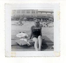Vintage Photo Pretty Young Woman Bathing Suit Atlantic City Beach 1950's Sep16 b