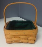 LONGABERGER NWOB 2002 Small Tan Square Handle Basket With Green Liner SR