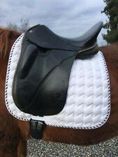 Hennig Classic Dressage 17 in seat black short blocks