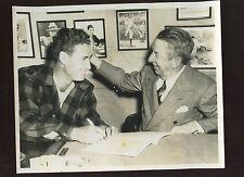 Original Feb . 4th 1947 Ted Williams & Eddie Collins Wire Photo