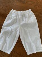 Erika Bermuda Shorts White  Buttons At Hem Sz 1X NWT $40 Cotton