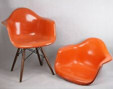 Vieux Charles Eames Herman Miller Club Siège Fibre de Verre Orange Cadre / Base