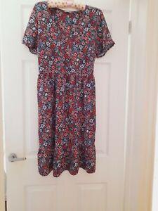 Ladies Nutmeg Navy & Red Floral Tea Dress Size 14