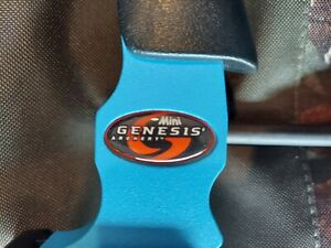 Matthews Mini genesis bow blue with Allen bow case.  Great condition