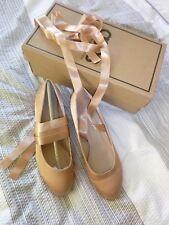 beige/nude satin block heel shoes size 5 ***NEW***