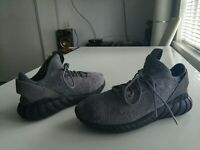 Men's grey Adidas Tubular trainers size USA 10.5, UK 10, Fr 44.5, CM 28.5