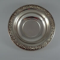 """Vintage Sheridan, Rose Scroll, Silver Plate, Candy Dish or Bowl, 6.5"""" dia"""