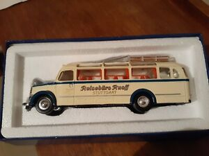The Dinky Collection DYS 10 1950 Mercedes Benz Diesel Omnibus Type03500
