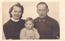 Orig. Foto Soldat mit Familie Frau Kind Plauen