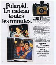 PUBLICITE ADVERTISING 104 1977 POLAROID EE33 appareil photo