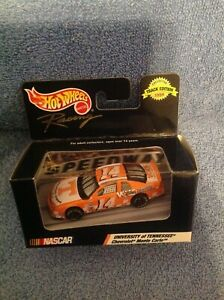 Sterling Marlin 1/64 1999 Hot Wheels Racing Boxed Special Edition Tennessee Vols