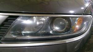 2010-2011 Saab 9-5 Driver Left Halogen Headlight Assembly (No Grille)