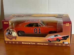 General Lee by Silver Screen Machines 1969 Dodge Charger  1:18