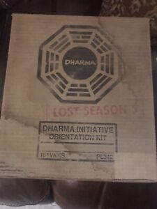 LOST Season 5  Dharma Initiative Orientation Kit Blu Ray  2009  5 Patches