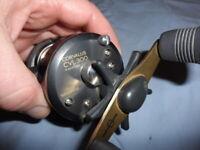 T2536 HR Shimano Corvalus 300 baitcasting fishing reel Model CVL-300 nice one!