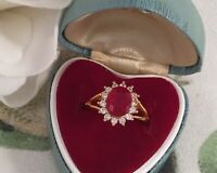 Vintage Jewellery Gold Ring with Ruby White Sapphires Antique Deco Jewelry M